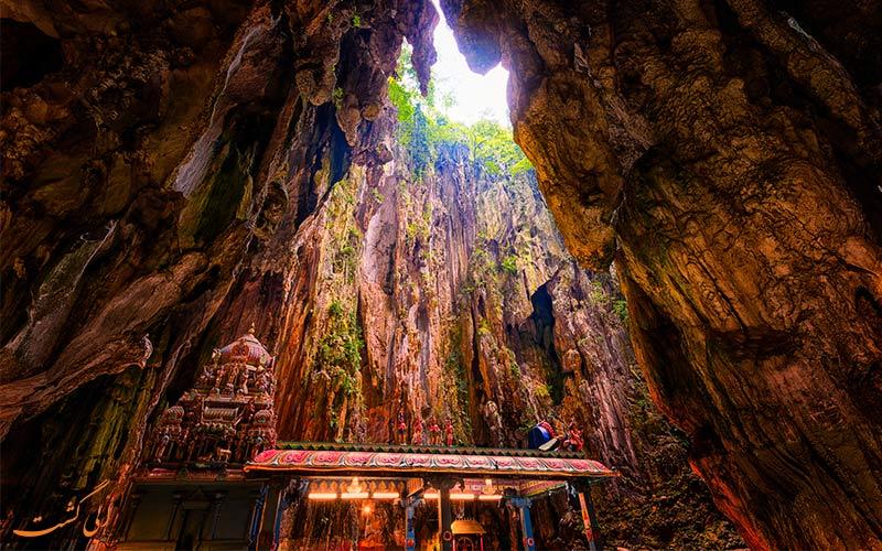 غارهای باتو از جاذبه های گردشگری کوالالامپور