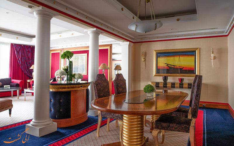سوئیت های لوکس در هتل برج العرب دبی