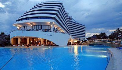 هتل تایتانیک بیچ ریزورت در آنتالیا