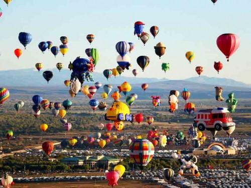 [عکس: unique-festivals-around-the-world-albuqu...00x374.jpg]