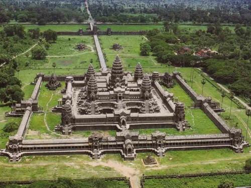 بناهای تاریخی جهان