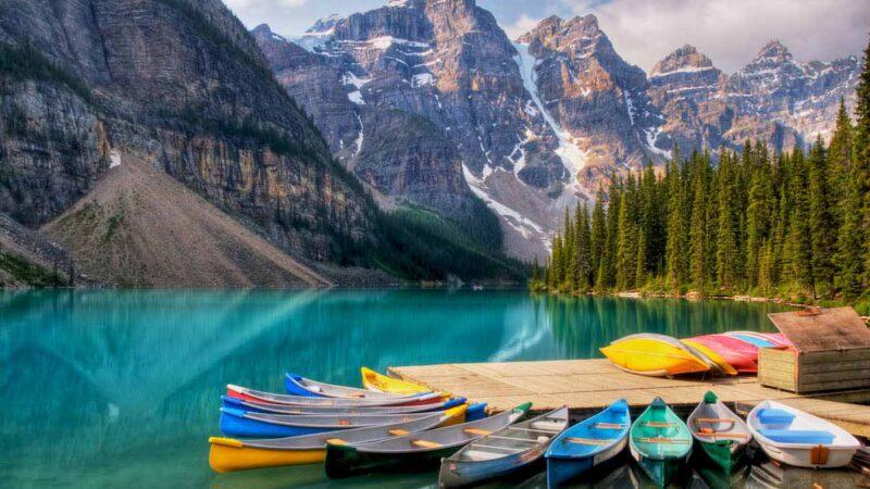 دریاچه Moraine در آلبرتا –کانادا 