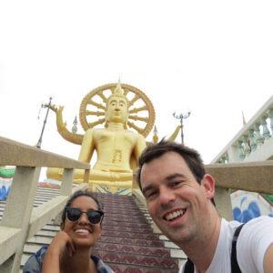 سلفی با مجسمه بودا