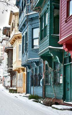 خانه های استانبول در برف