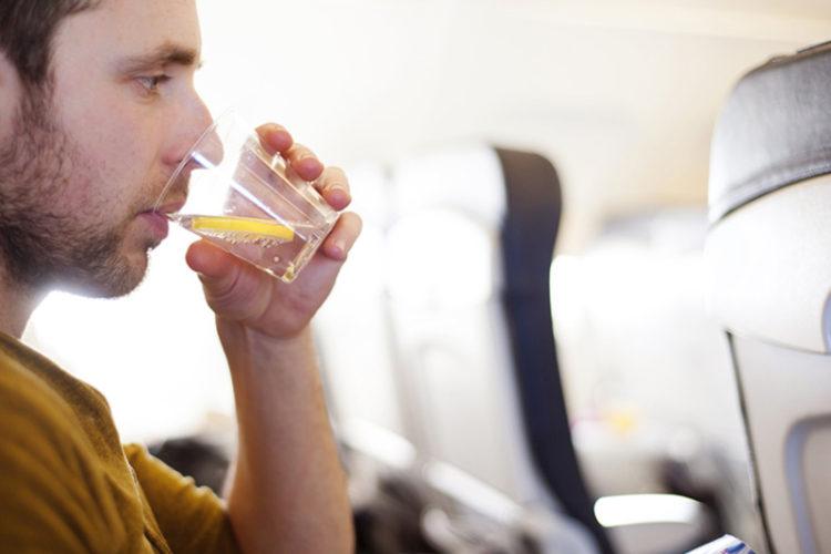 پیشگیری از سرماخوردگی در هواپیما