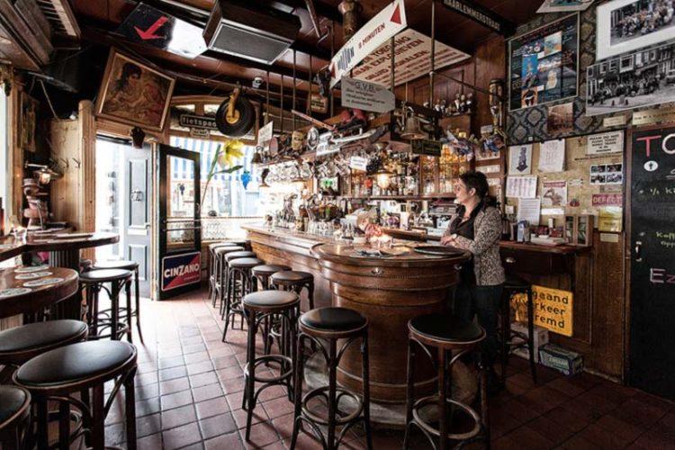براون کافی (Brown Café) آمستردام