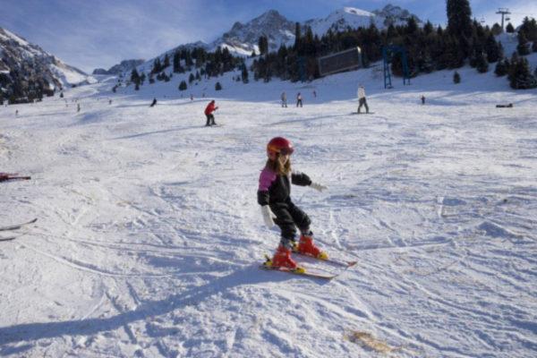 اسکی در آلماتی