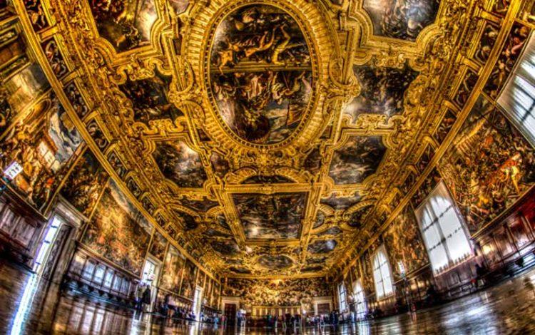 داخل قصر دوک