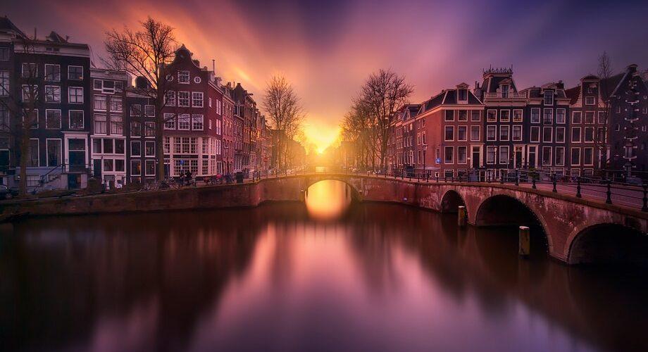 Beautiful-Image-of-Sunset-Amsterdam