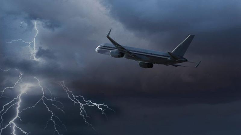 پرواز در هوای طوفانی