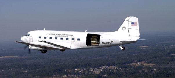 باز شدن درهای هواپیما