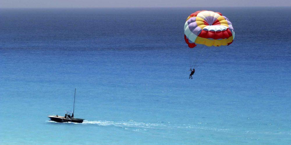 parasail_parasailing