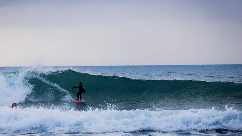 travel to goa and surfing