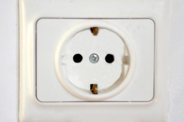 220-volt-outlet
