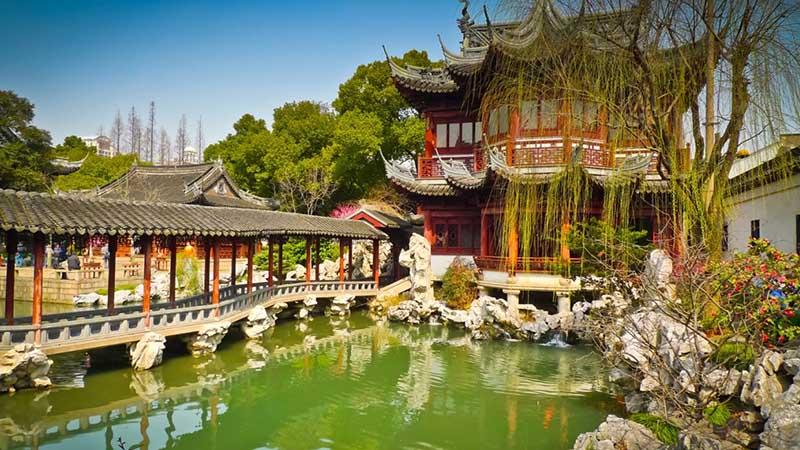yuyuan garden is a famous classical garden shanghai
