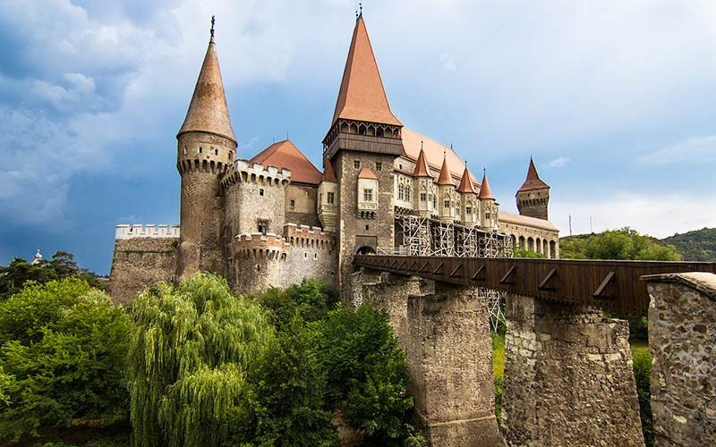 قلعه هونیاد