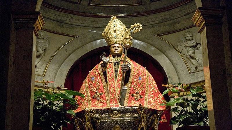 رهبر کاتولیک Saint Fermin