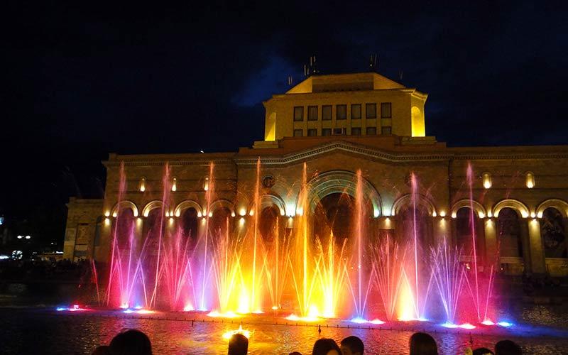 میدان جمهموری ایروان