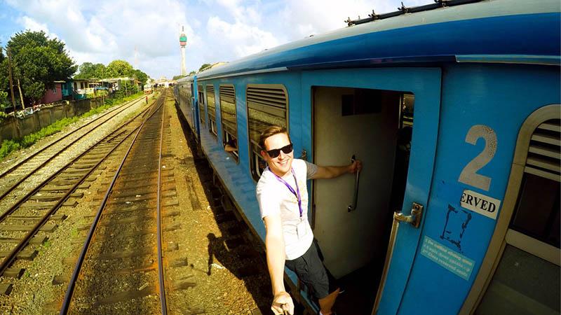 قطار سواری در سریلانکا