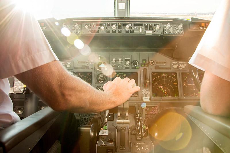 خلبان پرواز | هواپیما
