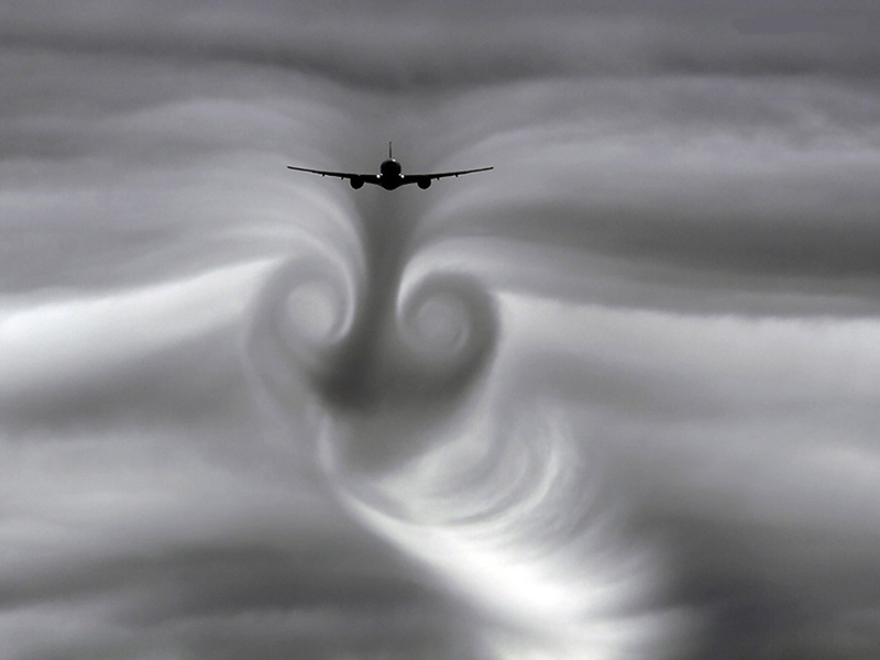 چاله هوایی | هواپیما