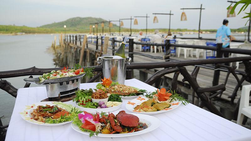 غذای دریایی Bang Gaan