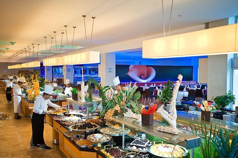 رستوران هتل کروانسرای