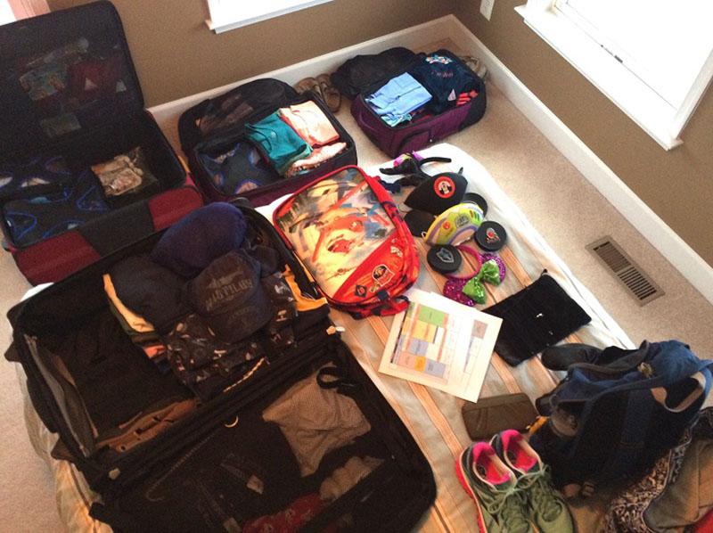 نکات مسافرت | وسایل داخل چمدان