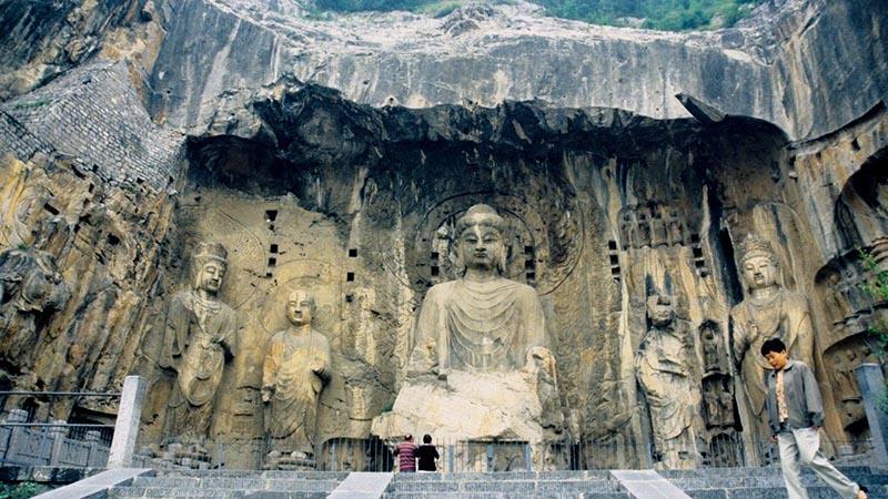 غار لانگمن در چین