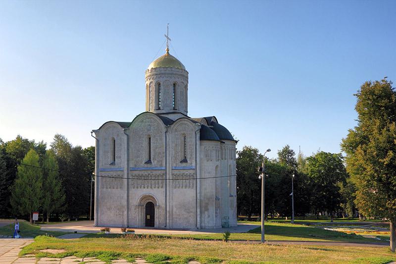 کلیسای جامع سنت دمتریوس