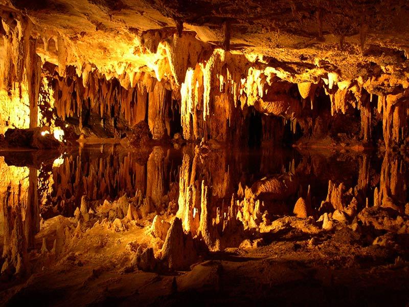 غار داملاتاش