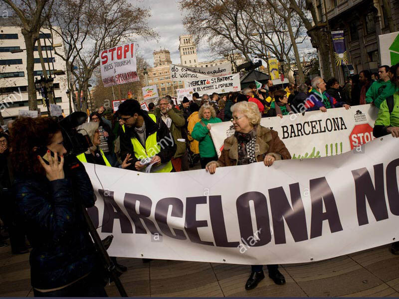 تظاهرات مردم بارسلونا | گردشگری بارسلونا