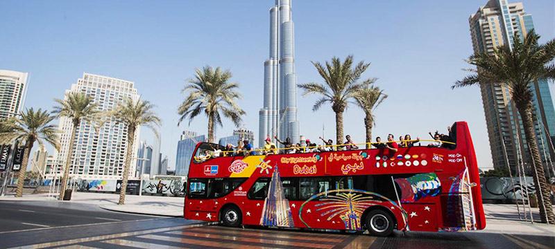گشت در دبی با اتوبوس