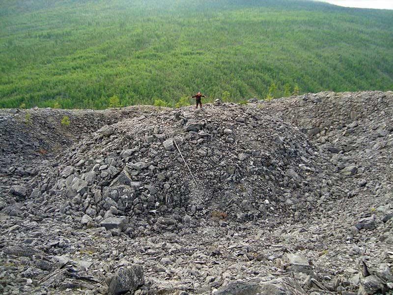 تپه عجیب