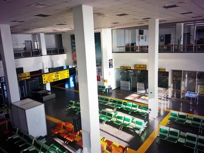 فضای داخلی فرودگاه اسپارتا | تور آنتالیا