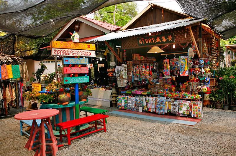 بازار Khlong Lat Mayom در بانکوک