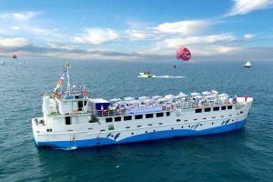 کشتی کروز در قشم