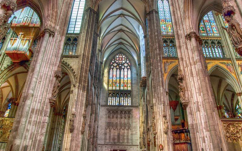 پنجره های کلیسا
