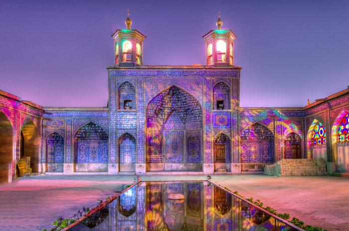 حیات مسجد نصیر الملک