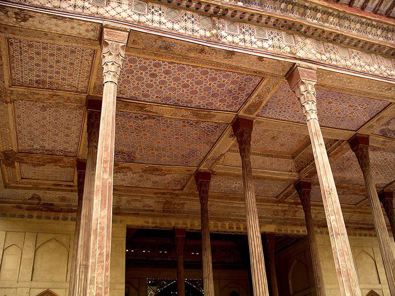 داخل کاخ عالی قاپو