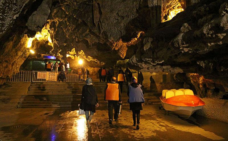 ورود به غار