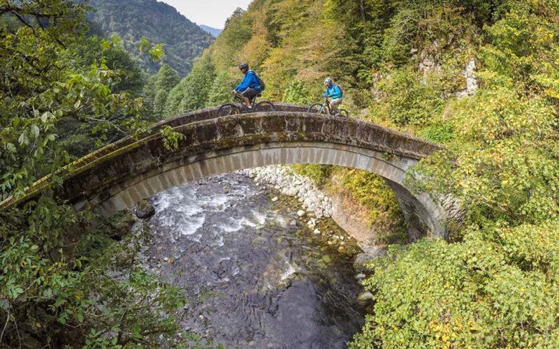 پل سنگی دره فیرتینا