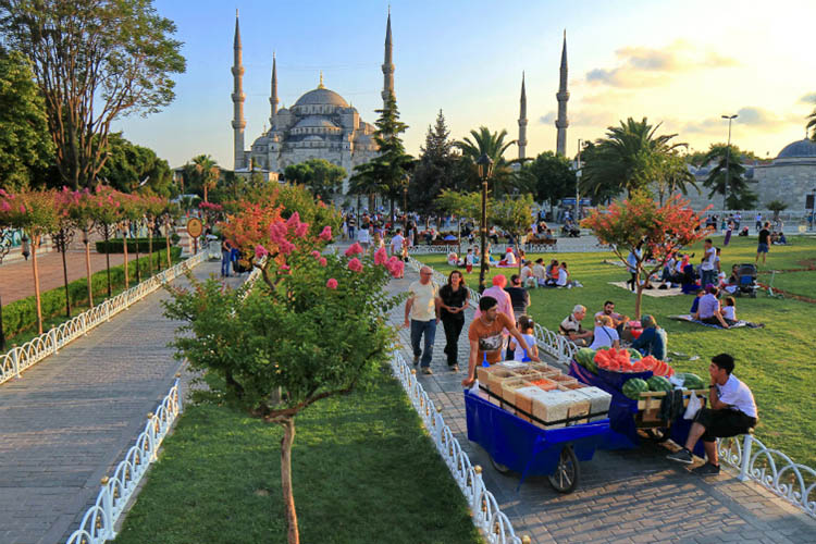 گردش در منطقه سلطان احمد استانبول