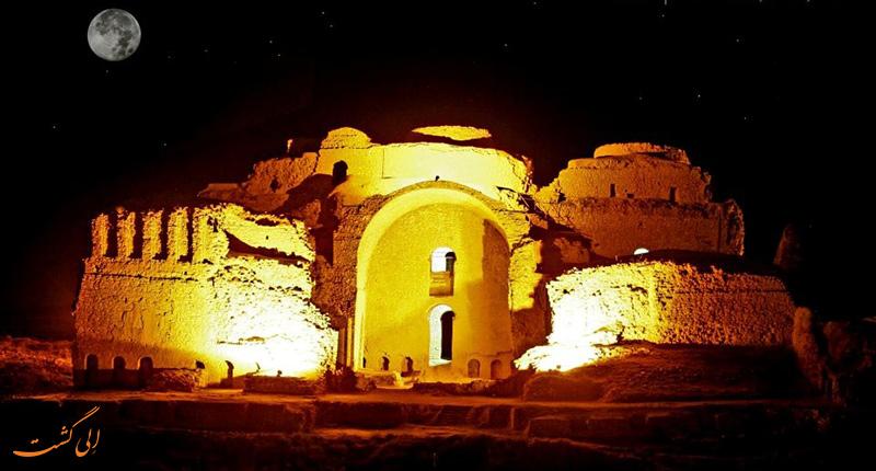 کاخ اردشیر بابکان در فیروز آباد