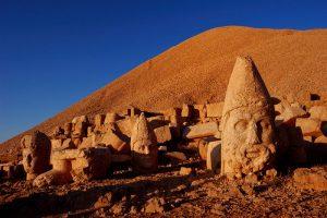 مجسمه های کوه نمرود