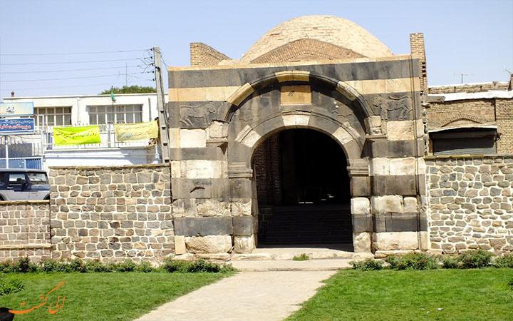 دروازه سنگی و زیبای شهر خوی
