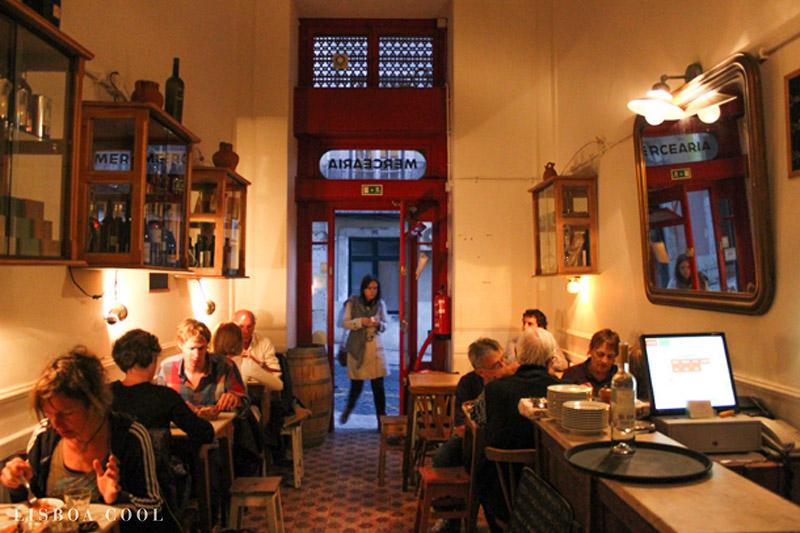 رستوران Taberna da Rua das Flores در لیسبون