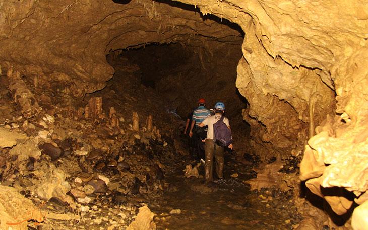 غار رودخانه های دانیال