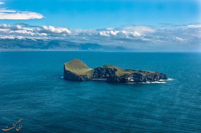 خانه جزیره Elliaey در ایسلند