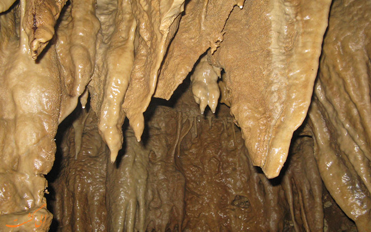 غار آبی دانیال